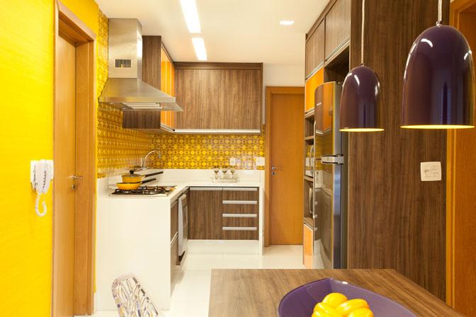 cozinha-de-parede-amarela3
