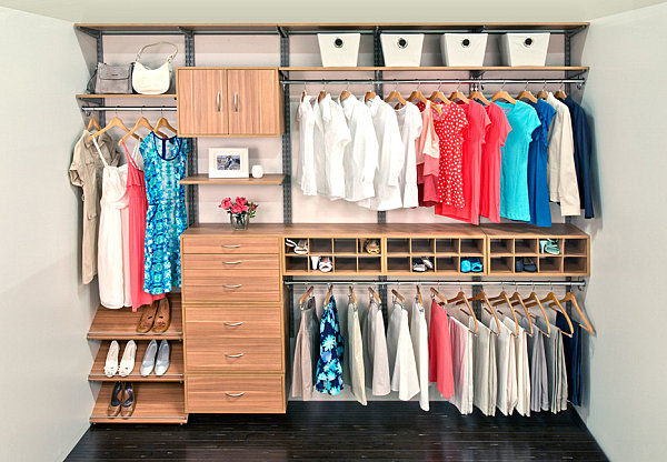 Neatly-organized-closet