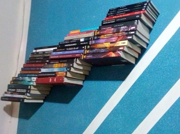 prateleira-invisivel-para-livros-revistas-e-enciclopedia-683601-MLB20355170850_072015-F